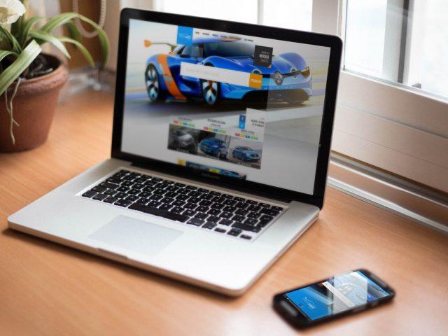 ProcureCarros.com – Website and Android App